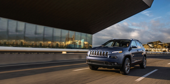 Get Into A 2018 Jeep Cherokee U0026 Explore The Possibilities